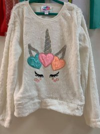 #13570 size : 7/8/12yrs Pure white coral fleeces emb sequin top