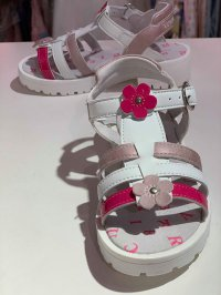 #12828 size: 約合5-11歲 White color flower pattern sandals