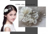 #10960 White color flower hair pin