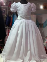 #10466 size: 2-3/ 4-5/6-7yrs Pure white party dress