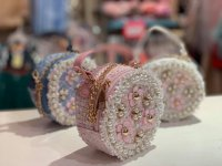 #11272 White/Pink/Light Blue Pearl and Flower Bag
