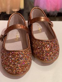 #10147size :3-8 yrs Gold shoes