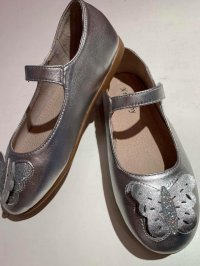 #10058 size : 2-9yrs old Girls silver shoes