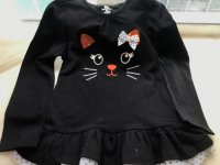 #8463 Size (3/4yrs) 100% cotton black lovely cat top - sequin + printing